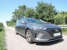 Hyundai Ioniq plug-in Executive avec crochet d'attelage