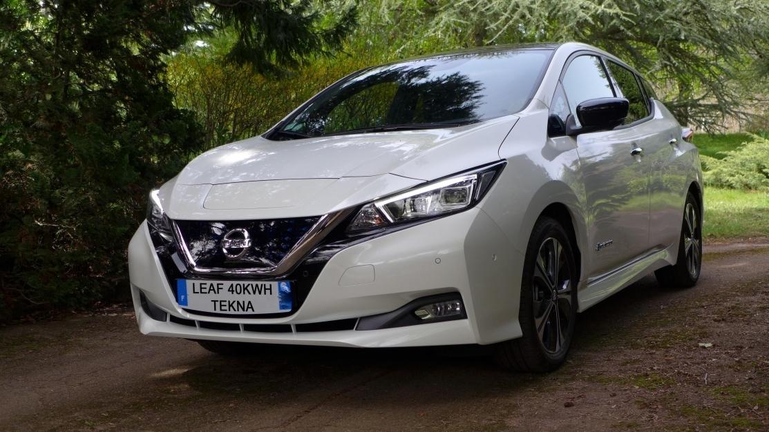 Nissan Leaf Tekna 40 avec pack entretien 3 ans.