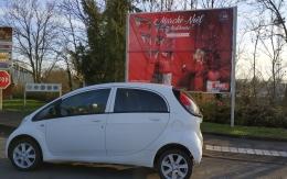 Peugeot iOn Electrique Active blanche@ première main@28800 km. Année 2017. Prix 10000 €
