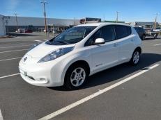 Vend Nissan Leaf 24 kw Acenta 2015 état neuf