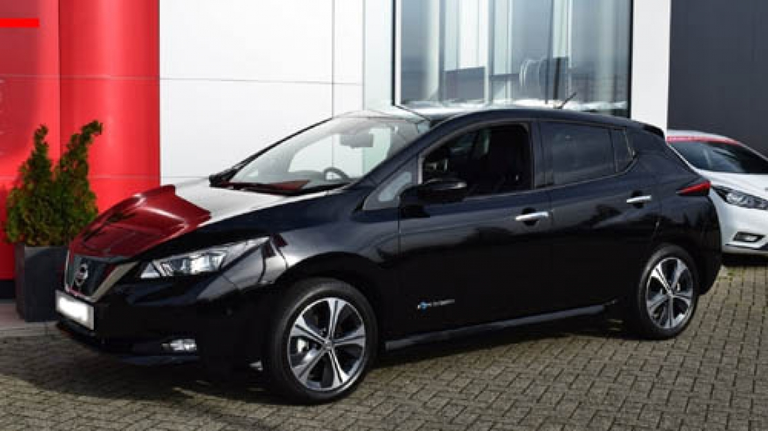 Nissan Leaf 40 kwh N-Connecta garantie 2026