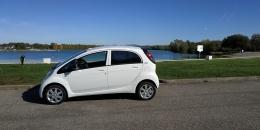 Peugeot ION Electrique Active blanche.. Première-main..31600 km. Année 2017.. Prix 8790e