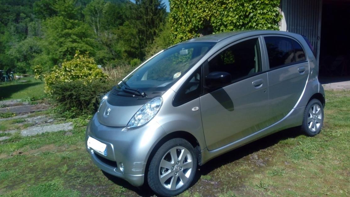 Peugeot Ion, première main, Année 2018(modèle direction 2019), Gris métallisé,11000 km, 11000 €,