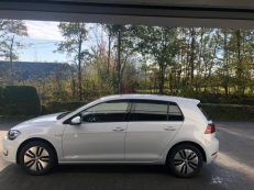 VW E-GOLF 35,8kwh virtual display charge rapide