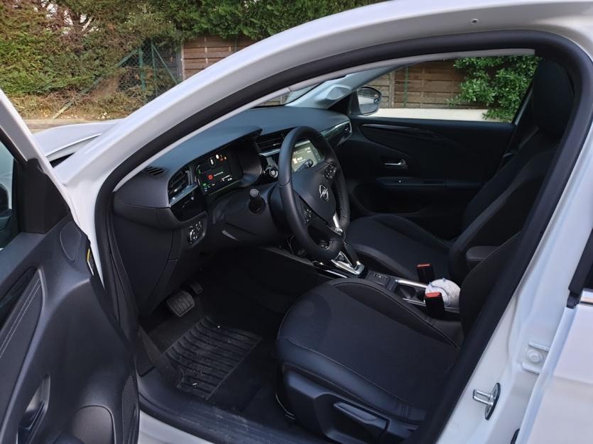 Opel Corsa E élégance toit panoramique