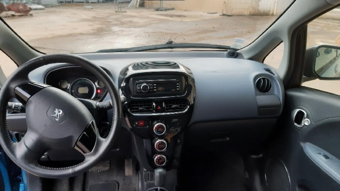 Peugeot ion 2012 70 000km bleue