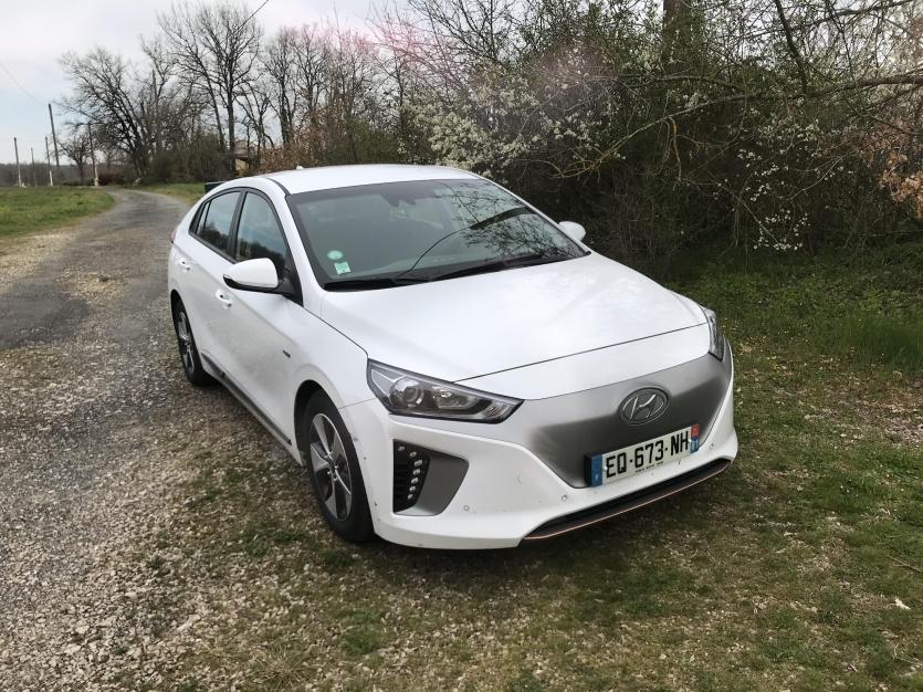 Hyundai Ioniq 2017 blanche