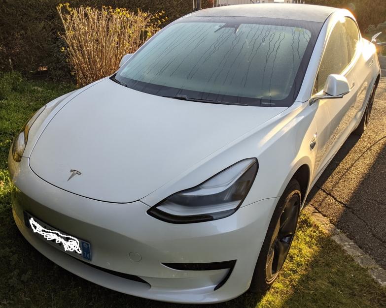 Tesla Model 3 Standard Plus + attelage