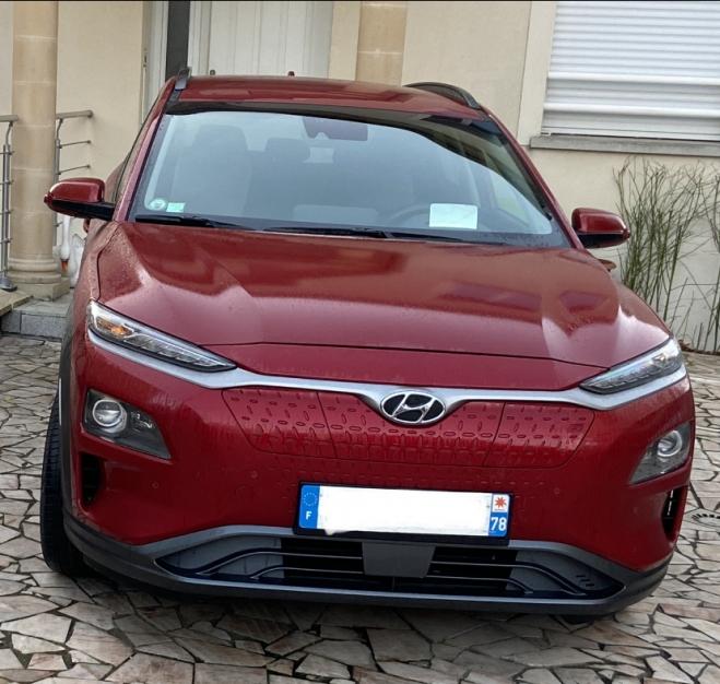 Hyundai Executive Kona 64 kWh, 100% électrique, 1ère main, non-fumeur, haut de gamme
