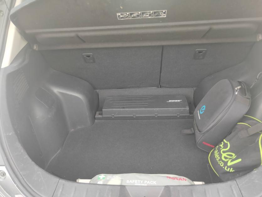 belle Nissan LEAF 30 TEKNA cuir toute options / batterie propriétaire