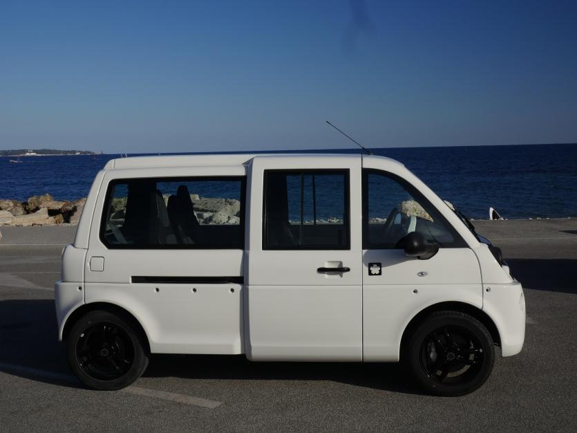 MIA L4 4 places 12 kW blanche