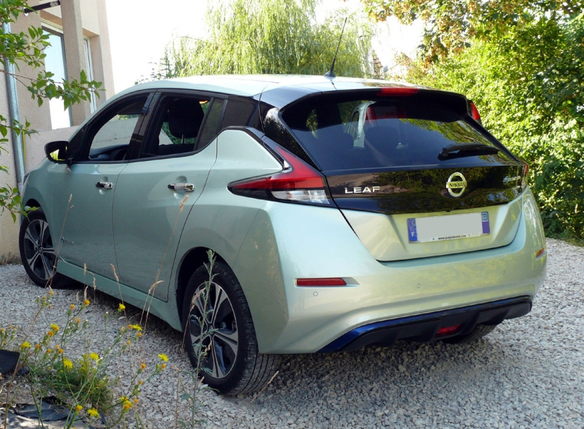 Nissan leaf 2018 2.0 40kwh equivalent n-connecta + propilot
