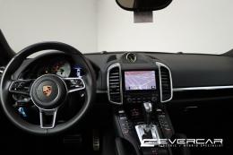 Superbe Porsche Cayenne S 3.0 V6 Plug-In Hybrid Tiptronic * Cuir * Bose *