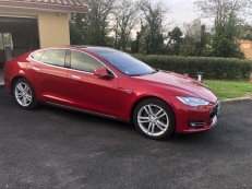 Tesla S85 déc. 2014 à bas kilométrage/AP1