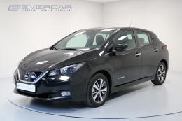 Superbe Nissan Leaf Acenta 40kWh * Cuir * Sièges chauffants *