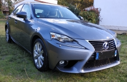 LEXUS IS 300H PACK