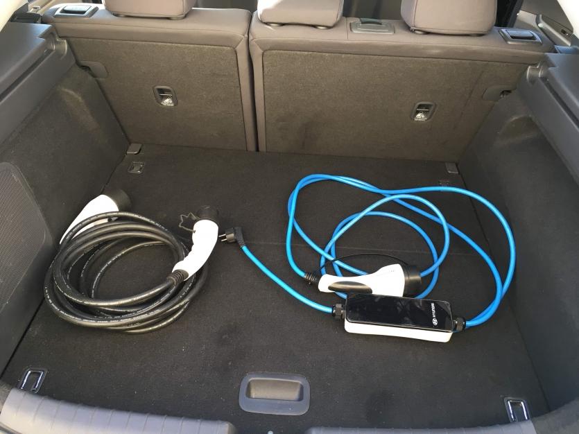 IONIQ EV 120 CV, Noire, Creative.
