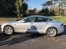 Tesla model S 85 2015 autopilot superchargeurs
