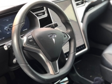 Tesla Model  85 Autopilot Supercharger